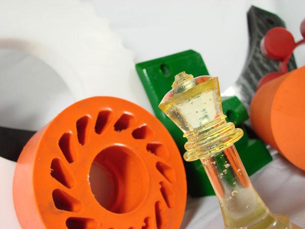 Piezas especiales fabricadas en poliuretano: planchas, barras y tubos, revestimientos de ruedas y rodillos, moldes en poliluretano, revestimientos en poliurea